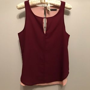 burgundy & pink flowy sleeveless keyhole top